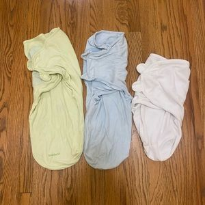 3 swaddle me sizes small and large